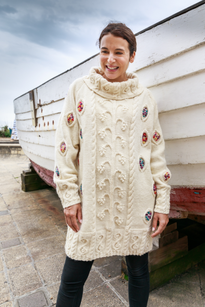 Classic Knits of the 1980s by Sandy Black Travelling Vine Design