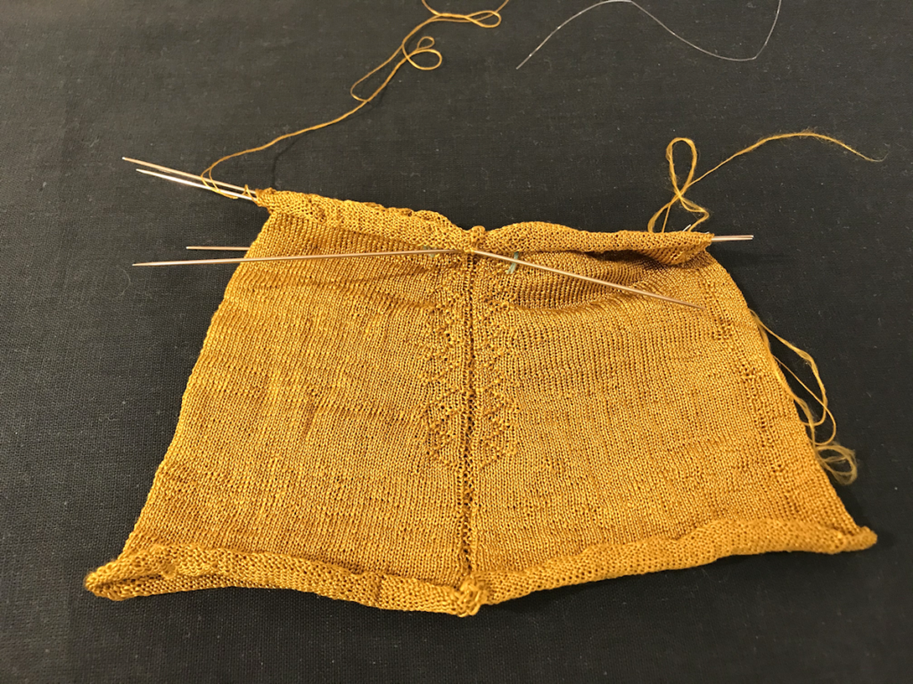Knitting History Forum TRC Leiden Conference 2019 – stocking just started, Texel seventeenth century silk stockings project, exhibition at the TRC, visited on Sunday 3rd November – image 2019 by Christine Carnie